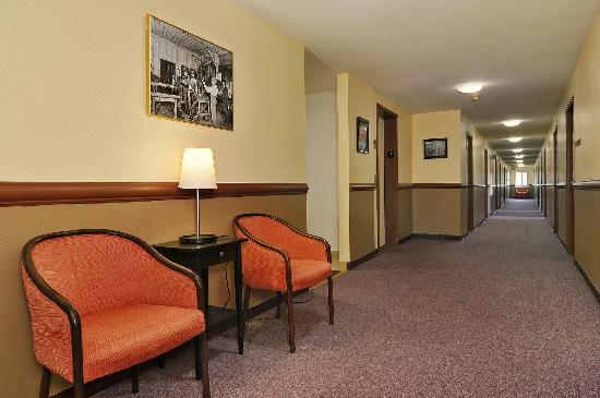 Georgetown Inn: Hotel Interior