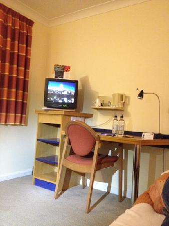 Holiday Inn Express Stoke-on-Trent: my room