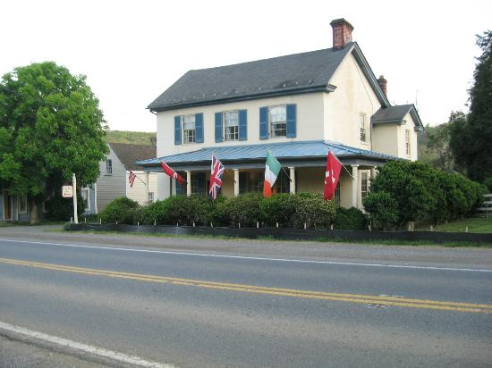 Little River Inn