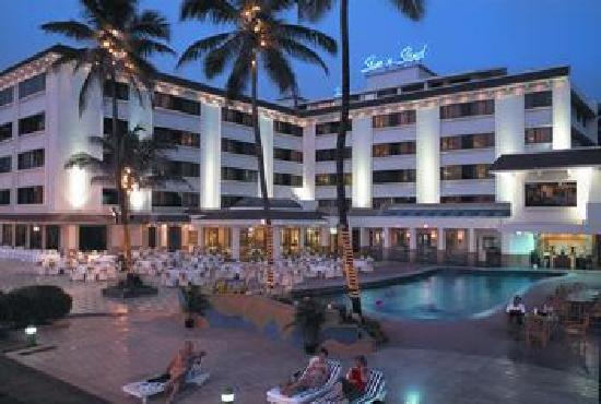Sun-n-Sand Hotel, Mumbai: Hotel Exterior