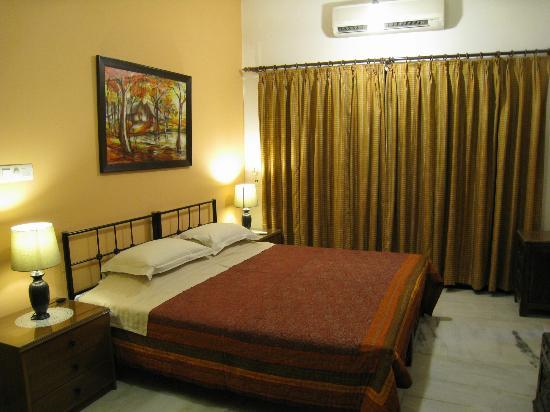 Saubhag Bed and Breakfast: Our lovely quiet room