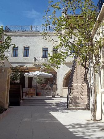 Karadut Cave Hotel