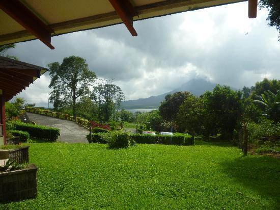 Arenal Vista Lodge: Vista desde la habitacin