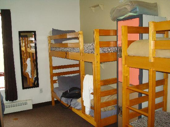 Hostelling International - Los Angeles/Santa Monica: Dorm room
