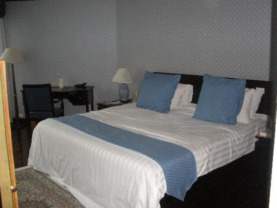 Room at Blue Canyon Country Club