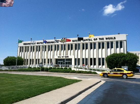 museum and gift shop picture of indianapolis motor