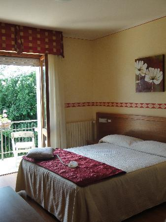 Photo of Viole Country Hotel Assisi