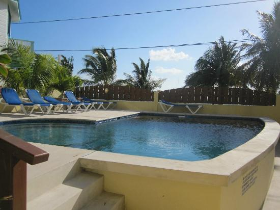 Photos of CayeReef, Caye Caulker