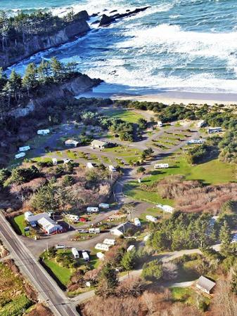 Oceanside RV Park: Right on the beach