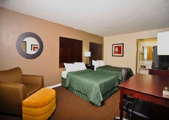 Comfort Inn Maingate: Refreshed Rooms in 2011