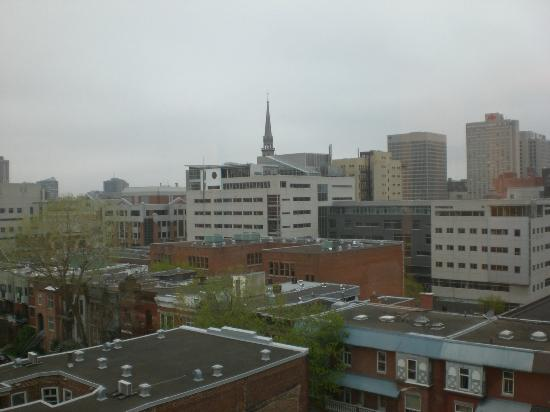 Days Inn Montreal Downtown : View from room