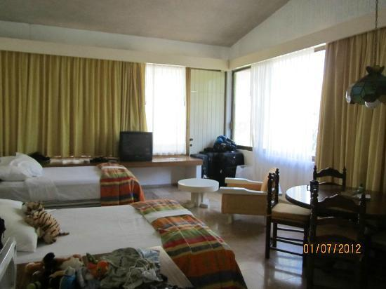 El Cid Granada Country Club: Another view of our 1 bedroom suite (studio room)