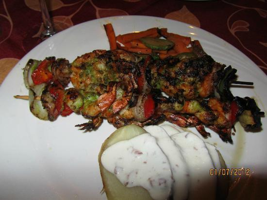 El Cid Granada Country Club: shrimp kabobs at the El Patio ( Granada)