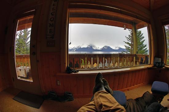 Alaska Paddle Inn: Kicking it!