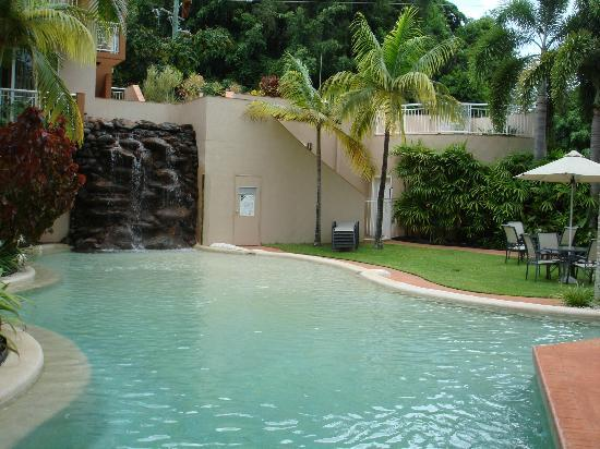 Alassio Palm Cove: pool area
