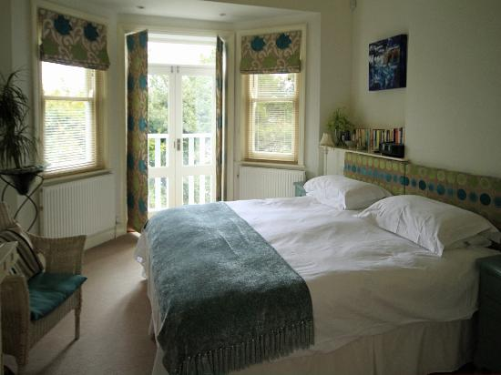 Hillside House Guest House: The Polkerris Room at Hillside House