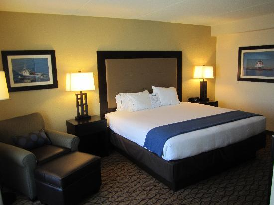 Holiday Inn Express Baltimore - BWI Airport West: King Room