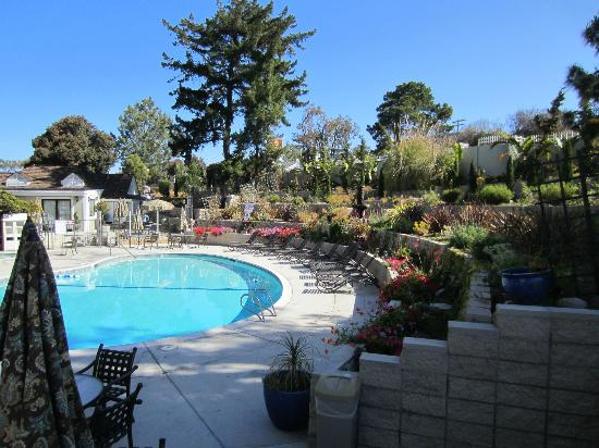 Clarion Del Mar Inn : Pool area