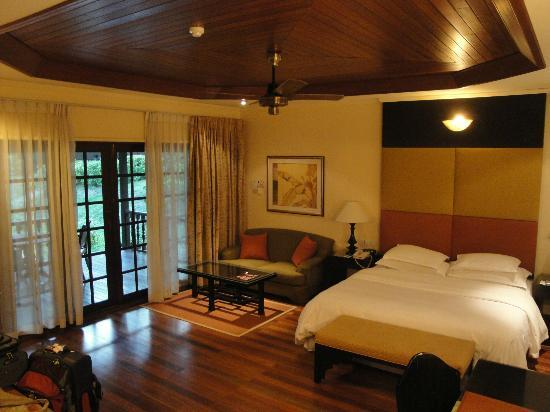 Sheraton Langkawi Beach Resort: Room