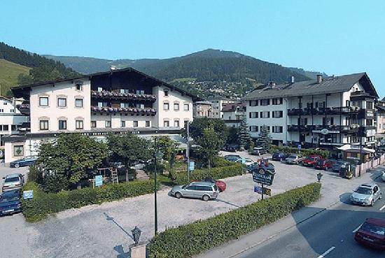 Photo of AlpenParks Parkhotel Zell am See