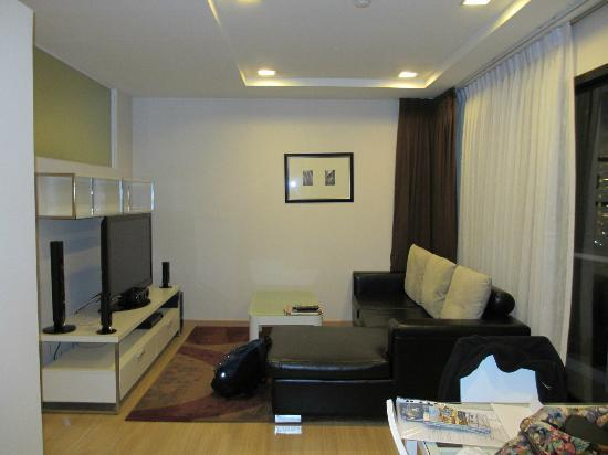 Baan K Residence by Bliston: TV Room-one bedroom superior