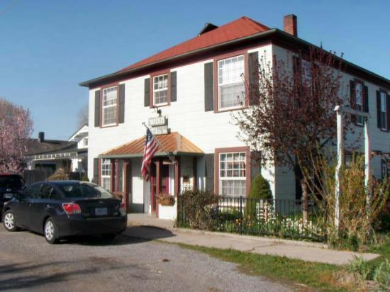 Photo of Hospitality Inn Bed & Breakfast Dorris