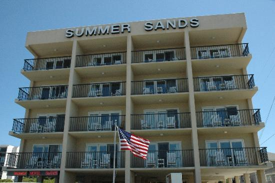 ‪Summer Sands Suites‬