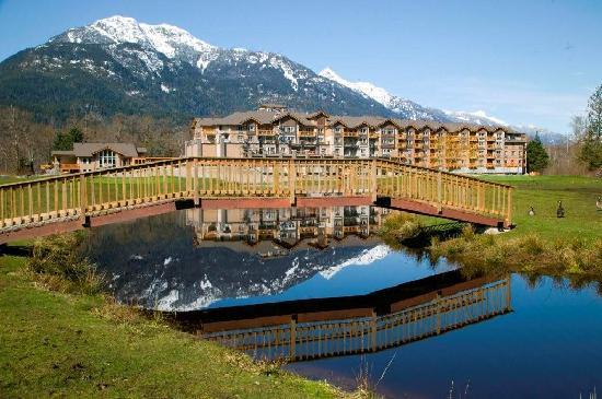 Executive Suites Hotel & Resort (Squamish, British Columbia ...