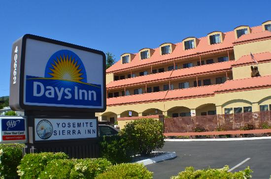 ‪Days Inn - Yosemite Sierra Inn‬
