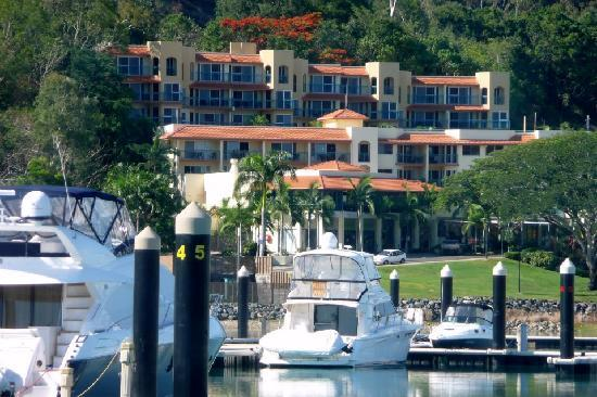 Photo of Shingley Beach Resort Airlie Beach