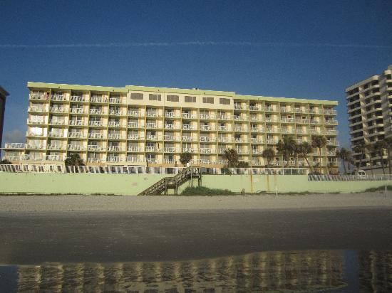 Daytona Seabreeze: View from the beach