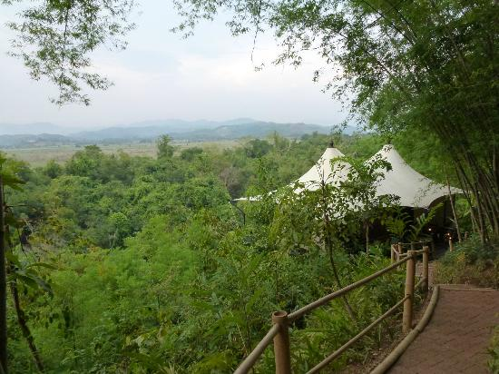 Chiang Saen, Thailand: View of 2 of the 15 tents on property