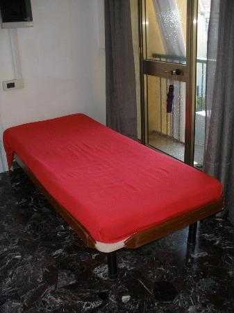 Ca' Venezia: third bed/sofa