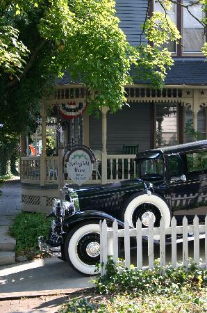 Springfield House Bed and Breakfast: A trip back in time