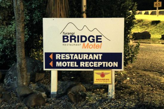 Bridge Fishing Lodge Turangi: Bridge Restaurant and Motel Sign