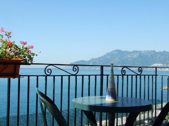 Photo of B&B Fronte Del Mare Salerno