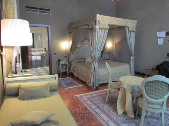 Hotel Al Ponte Mocenigo: Junior Suite (Room 10)