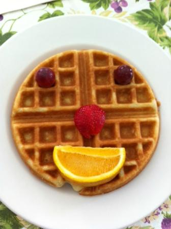 La Pensione Inn: Cindy's Special Waffle