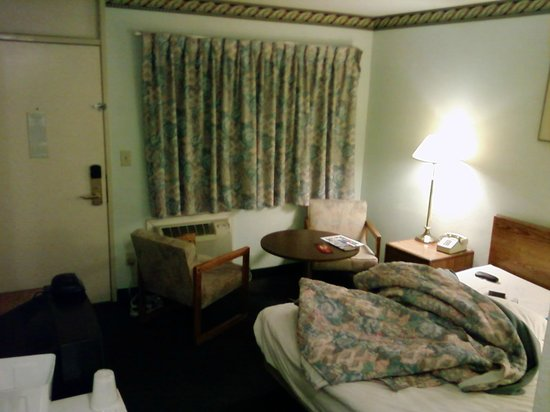 Photo of Economy Inn Plymouth