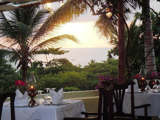 Hotel Dongwe: Dinner in the Terrace