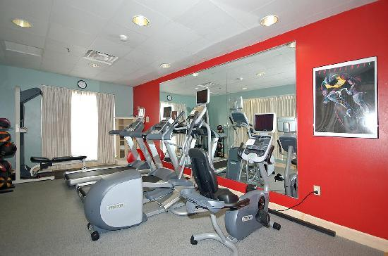 Hilton Garden Inn Bridgewater: Exercise room