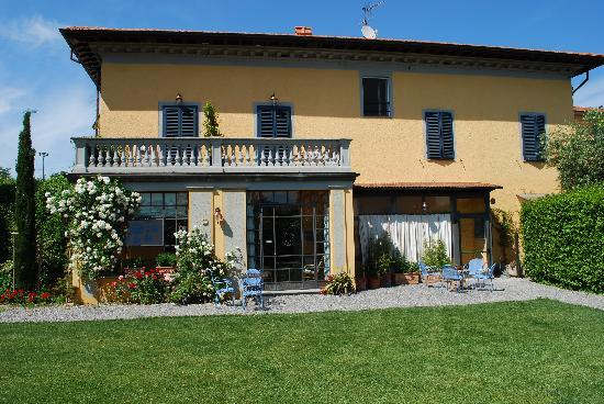 Al Porto di Lucca B&B