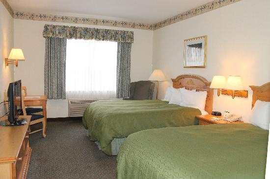 Country Inn & Suites By Carlson, Dundee: 2 Queen Room