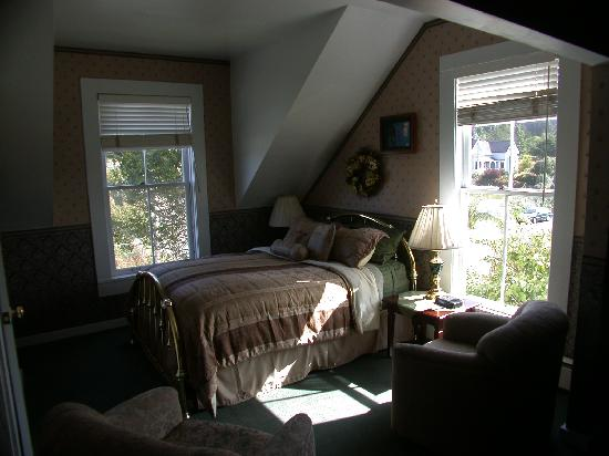 Nicholson House Inn: Family Suite Bedroom