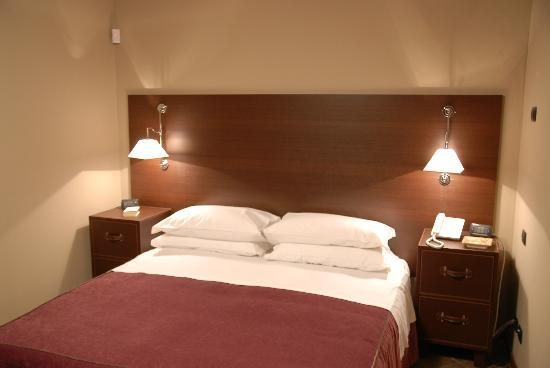 Suite & B Rooms