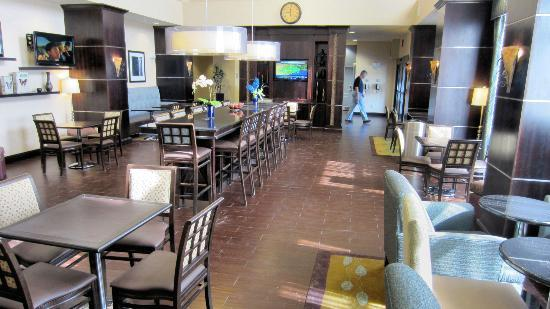 Hampton Inn & Suites Carlsbad: Breakfast Room