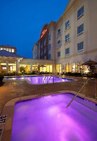 Photo of Hilton Garden Inn Dallas / Arlington