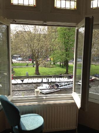 Hampshire Hotel - Amsterdam American: View from our window