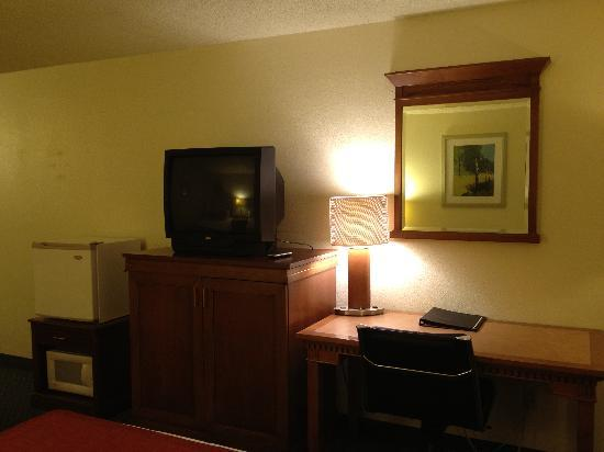 Okanogan Inn & Suites: Double Bed Room
