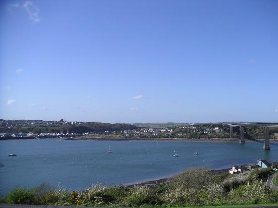 Photo of Cleddau Bridge Hotel Pembroke Dock